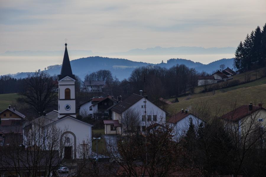 http://gewitterundnaturbilder-sr.de/hpfixgal_alpenfernsicht_gaeuboden_im_dunst_img_9062_09_01_2014_19_55_00.jpg